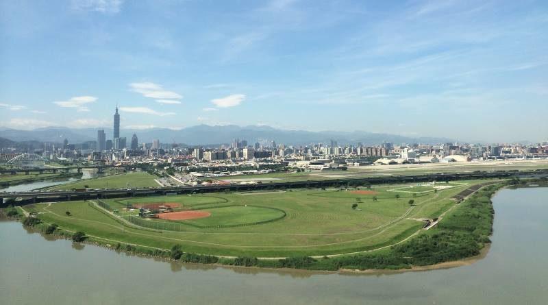 台灣民用航空局動議修改《民用航空法》管制無人機
