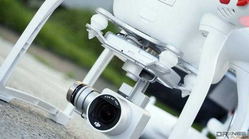 DJI Phantom 3 Standard 鏡頭和雲台均跟 Phantom 3 Advanced / Professional 如出一轍,一掃它是 Phantom 2 升級版的疑慮。