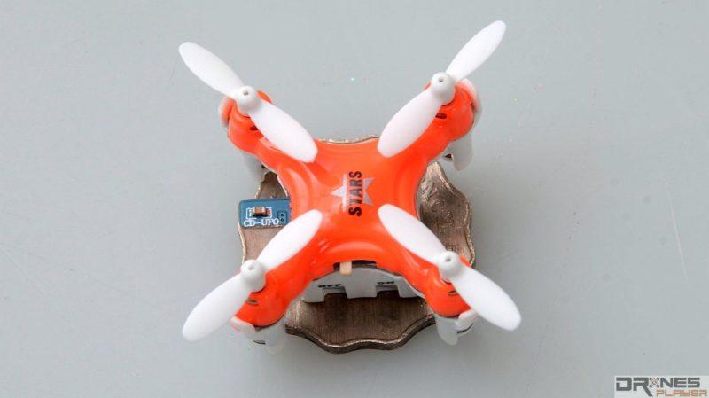 DHD D1 Drone 機身只有 22x 22 x 20 毫米,僅比一個 2 元港幣略大。