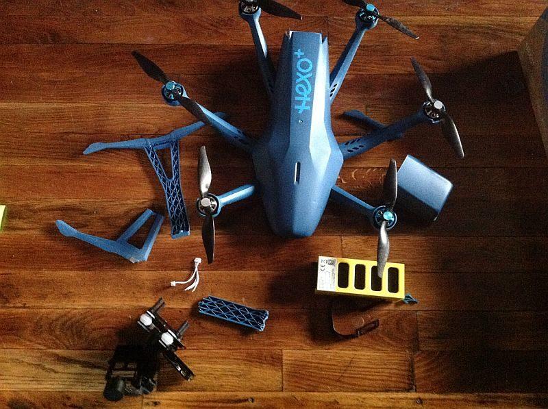 有網民已成功收貨,開箱組裝 HEXO+ 無人機。
