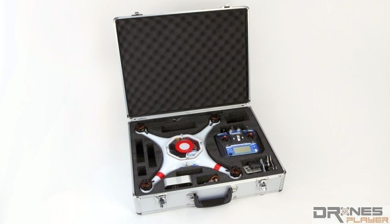 Splash Drone 隨機附送鋁金屬便攜箱。