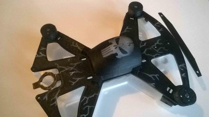 如閣下是《海賊王》的粉絲,在 Arrow 無人機機身印上骷髏頭圖案,也是不俗的選擇。