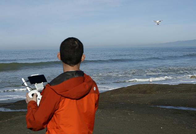 無人機 DJI Phantom 3 海岸線