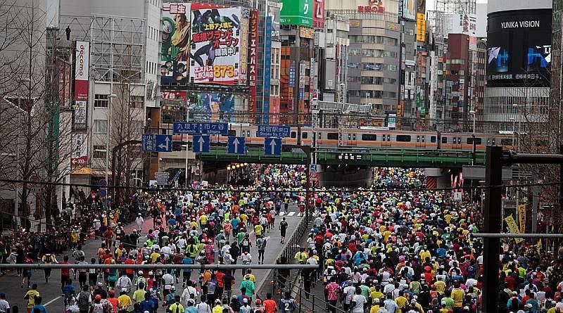 東京馬拉松 2016 上空如有可疑空拍機出現,天網無人機便會出動圍捕。