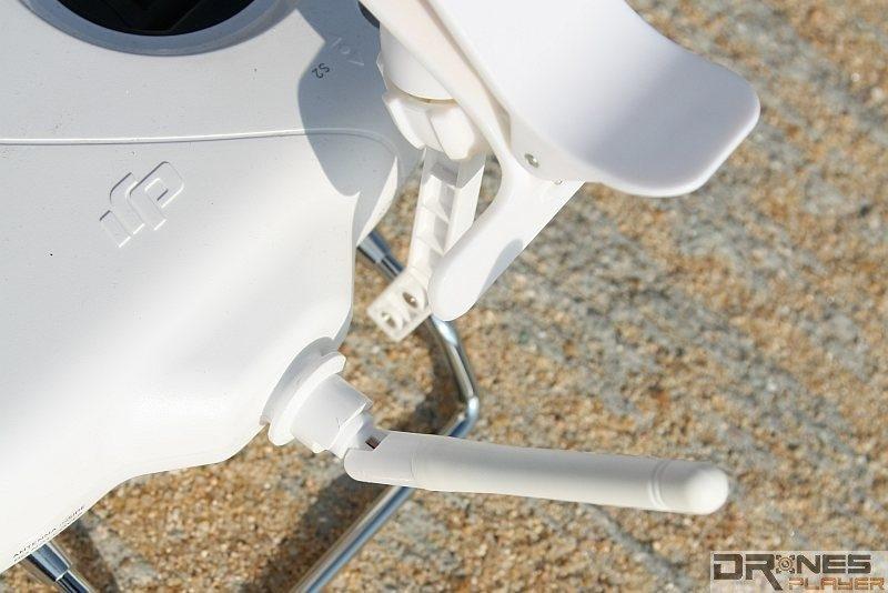 採用單天線設計的 P3 Standard 遙控器,有效操作範圍只有 1 公里,而且以首 500m 較為可靠。