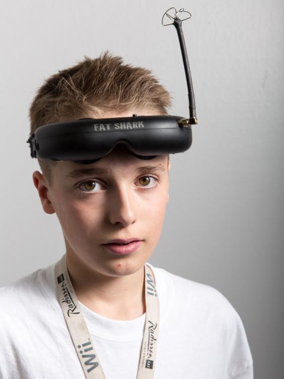 年紀輕輕的 Luke Bannister 帶領隊伍奪冠。