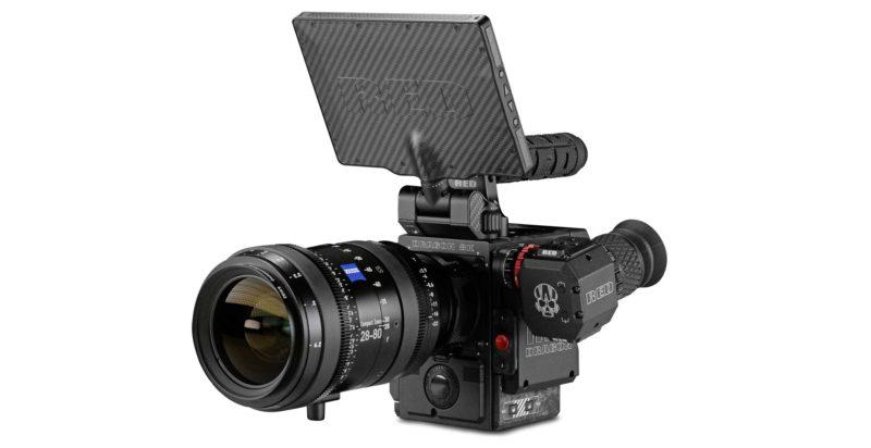 RED 旗下的 8K RED Weapon 已率先支援 8K 拍片功能,因此 Canon 要急起進追。