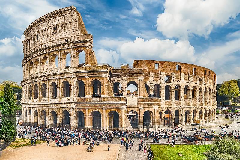 意大利已嚴禁無人機飛越人口稠密地區,包括羅馬競技場。