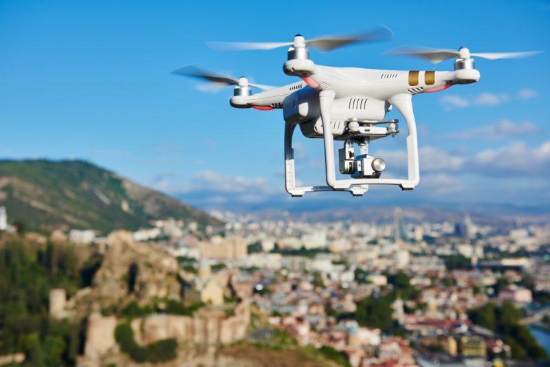 無人機的機遇及與威脅與日俱增。