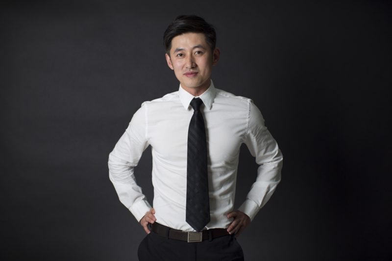 王孟秋一表人材,被大陸媒體盛讚顏值高。