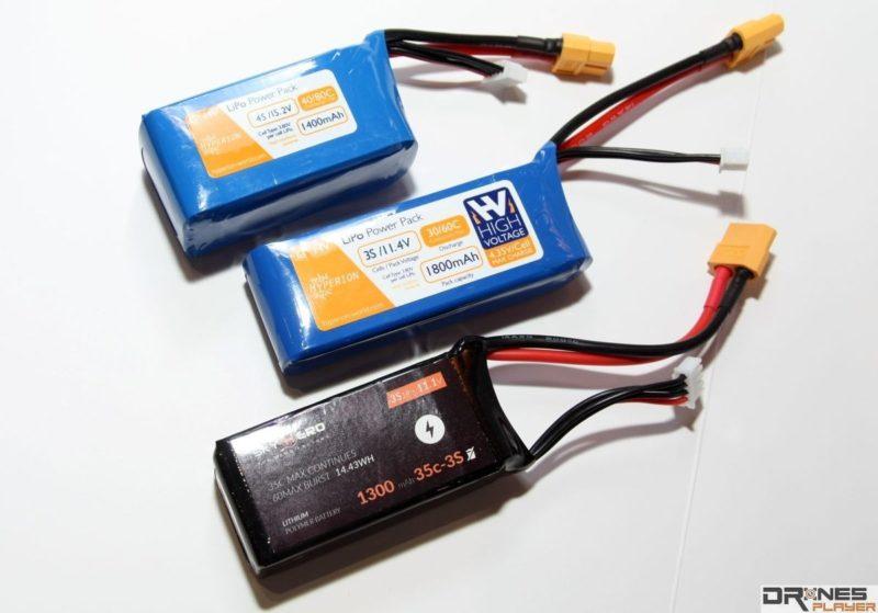 FPV 穿越機玩家在選擇電池時,不單是考究電容量,還會考慮重量的問題。