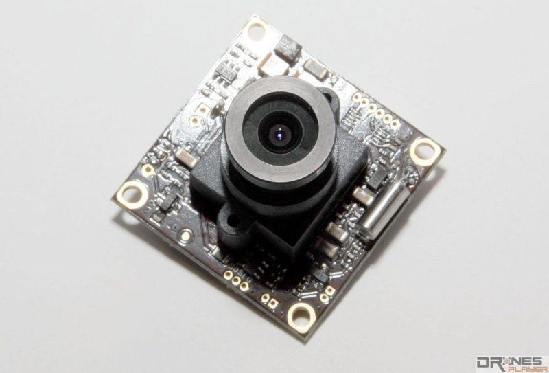 為 FPV 穿越機選擇鏡頭模組時,講究的不是畫質,而是重量。