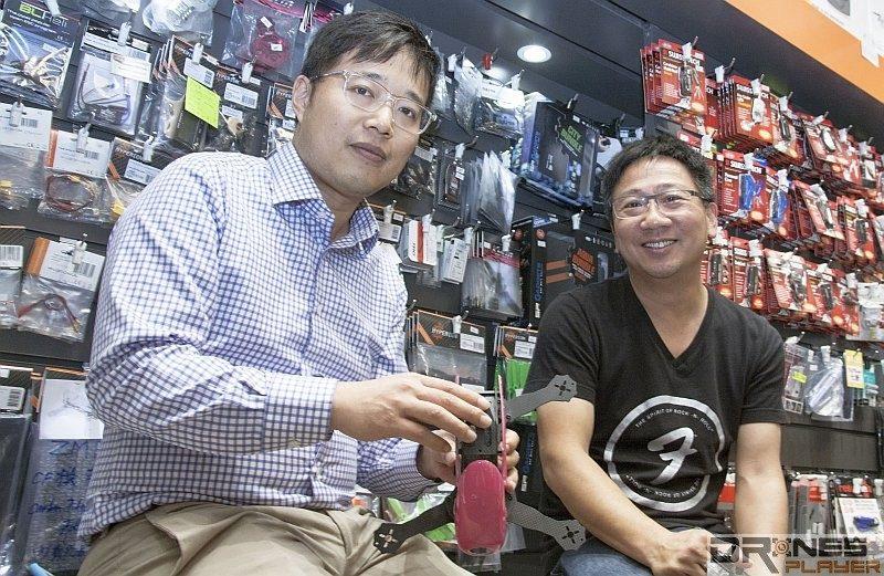 香港 FPV 穿越機達人 Leo (圖左)與滔哥(圖右)