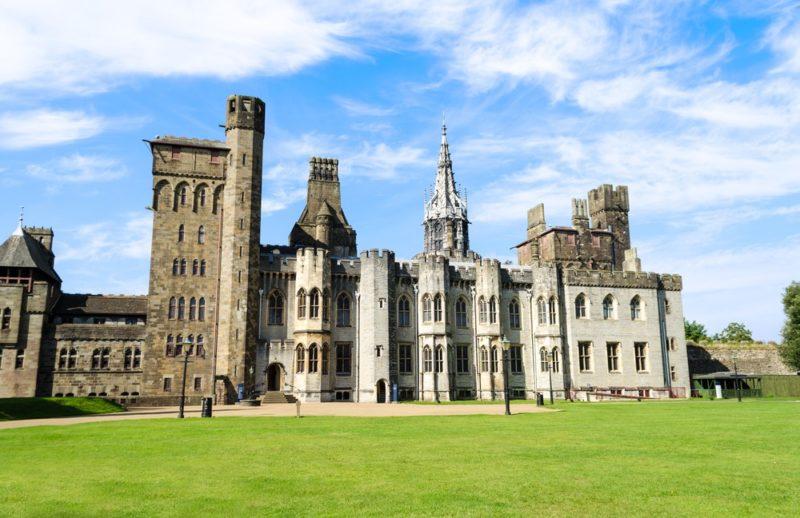 Cardiff Castle 是准許空拍的英國景點之一。