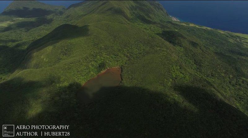 空拍機拍攝蘭嶼大天池時剛好雲層飄開,讓休特伯覺得很幸運。