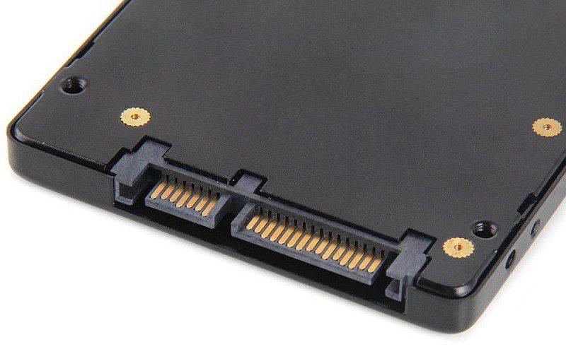 採用 SATA 或 PCI-Express 3.0 等高速傳輸介面的硬碟,或許會成為日後無人機的數據儲存方案。