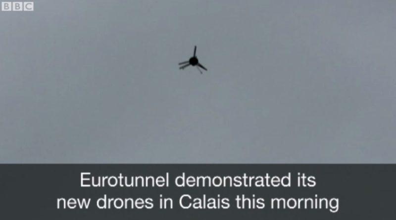 空拍機會在英法隧道入口用作監察偷渡者。