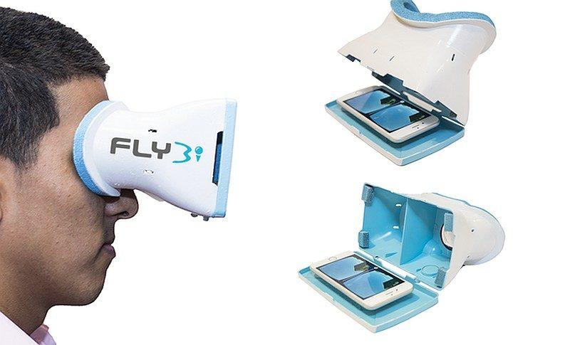 朋友只要將預載《FLYBi VR》app 的智慧型手機,放入VR眼鏡即可瀏覽實時的 FPV 飛行影像。