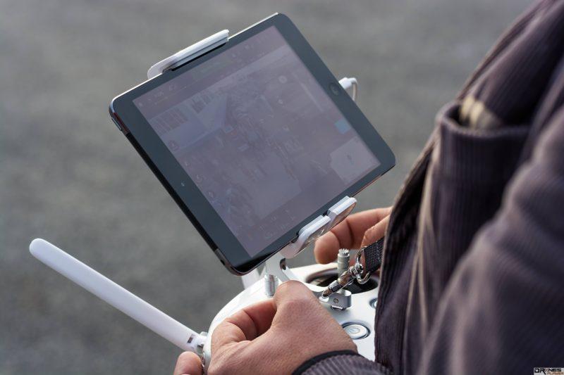 外界預計 DJI Inspire 2 會有雙控雙鏡頭設計。