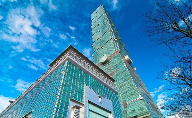 民航法規定 101 大樓 60 米以上的高度禁放飛遙控無人機。