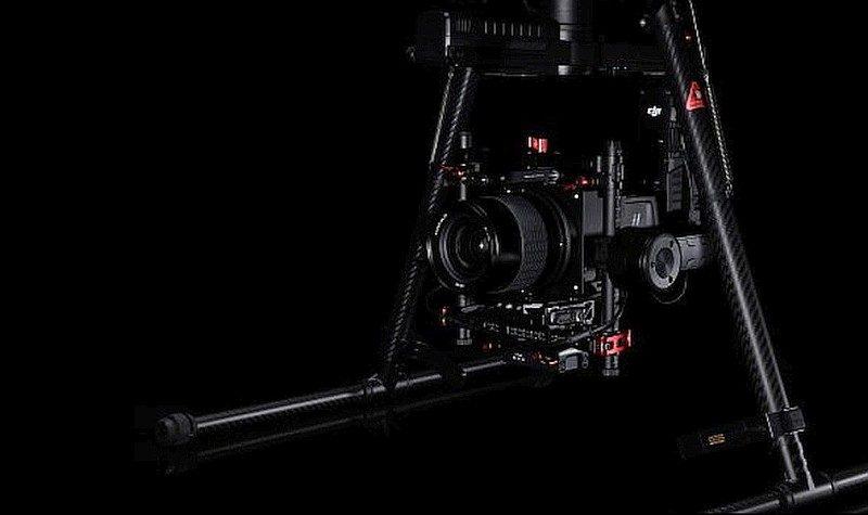 Hasselblad A5D-M600 航拍相機內置有效像素為 5,000 萬的 CMOS 感光元件。