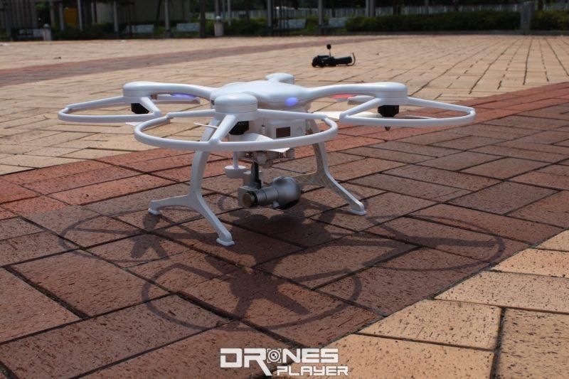 白色版的 Ghost Drone 2.0 。