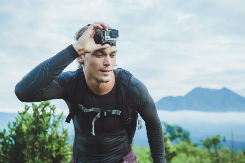 GoPro 新一代運動相機 HERO5 或會於 2016 年下半年的假日消費旺季推出。