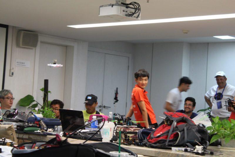 D1 無人機亞洲盃:飛手自娛