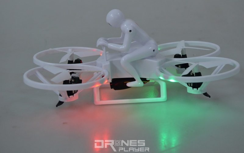 Create Toys E902 飛行器機身四邊均設有 LED 燈號,方便用家辨認機首方向。