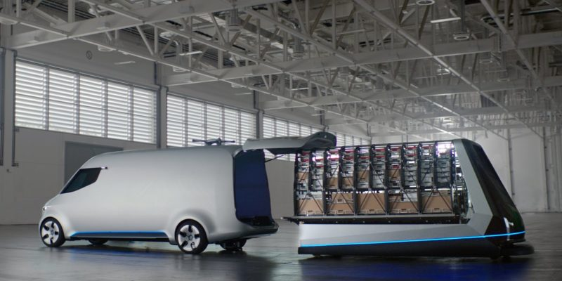 Mercedes Benz - Vision Van - loading