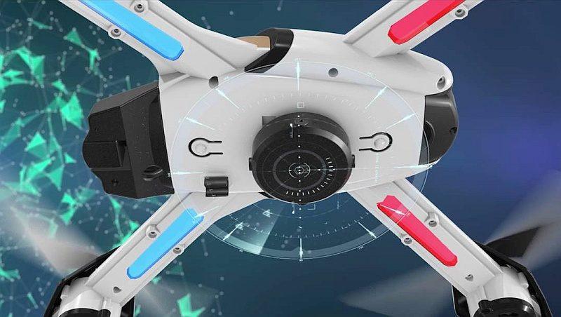 Pantonma Sensor Drone底部的黑色組件為避障感測器,於2米範圍內遇上障礙物,無人機會自動懸停或迴避。