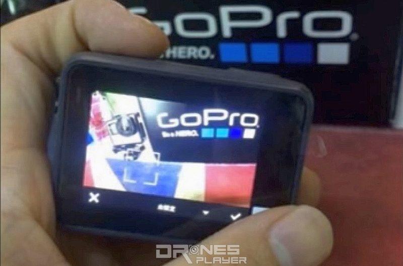 諜照中疑似是 GoPro Hero 5 機身背面具備彩色觸控屏幕,估計大部分功能均可在此直接執行。