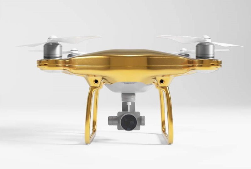 Drones Direct - DJI Phantom 4 Gold Edition 正面