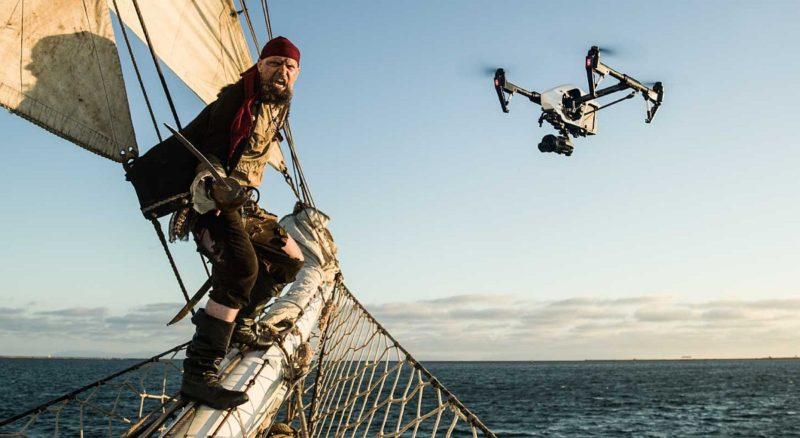 DJI Inspire 1 Pro 航拍機也有應用於影視製作範疇,但是可支援的鏡頭卻非常有限。