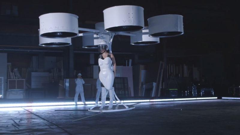 Lady Gaga - Volantis 飛裙