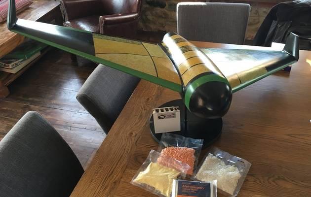 Pouncer 能攜帶 50 公斤真空包裝糧食,足夠 50 人一天食用量。