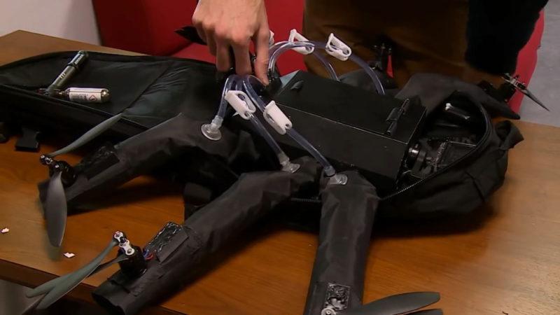 Airvada DIODON 連同專用背包一起發售,隨附二氧化碳瓶,可直接在背包中進行充氣。