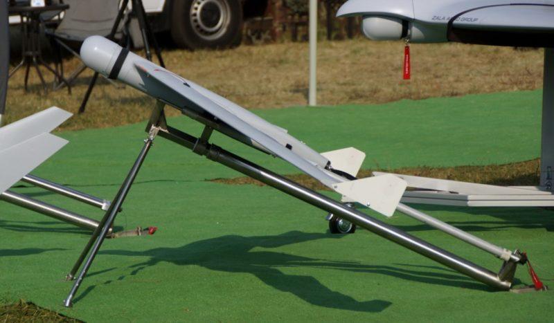 ZALA 421-16E2 無人機藉由彈射器手動發射起飛,機身內置空氣減震器,可有效保護飛行器安全著陸。