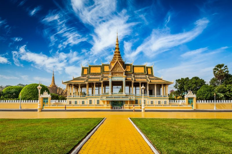 柬埔寨金邊皇宮是當地著名景點,現時亦屢成空拍對象。