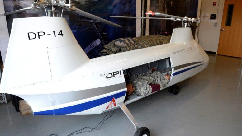 DP-14 hawk 機艙恰好放得進一名成年男子。