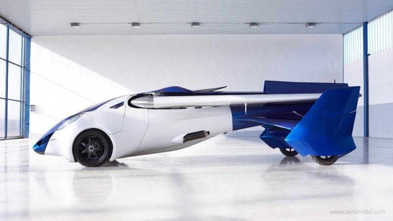 AeroMobil 3.0 - 地面模式側面