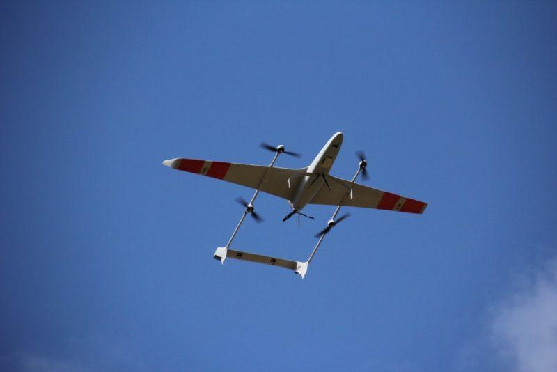 Carbonix Volanti 無人機具有超強續航力,採用汽油引擎驅動時,續航時間可長達 7 小時。