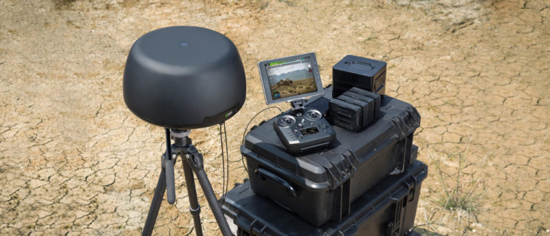 DJI Tracktenna 天線本體直徑 345 毫米,高 169 毫米,能自動追蹤並指向飛行器。