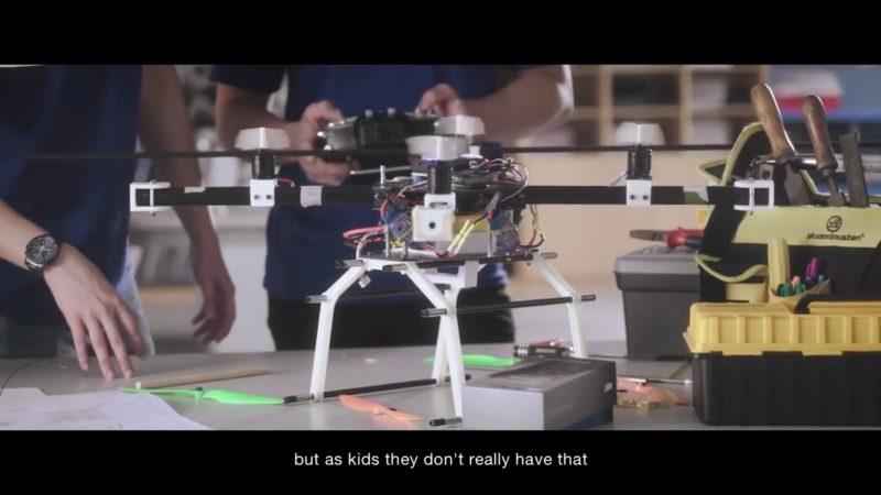 Lego - Build Amazing - 糖果雲內的四軸機