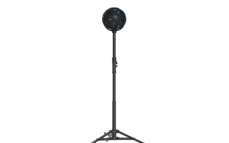 球體造型的 x24 全景攝影機,機身大小跟足球相若,裝設了 24 顆鏡頭。