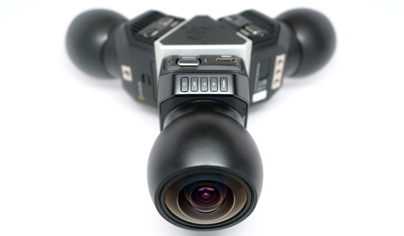 Mini Eye 3 全景攝影裝置其實是由 3 台 Blackmagic Micro Studio Cameras 組裝而成。