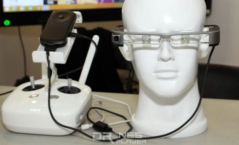同場台灣基隆消防局展出,可接收消防無人機圖傳影像的智慧型眼鏡,方便消防員以第一人稱角度即時觀察火場情況。