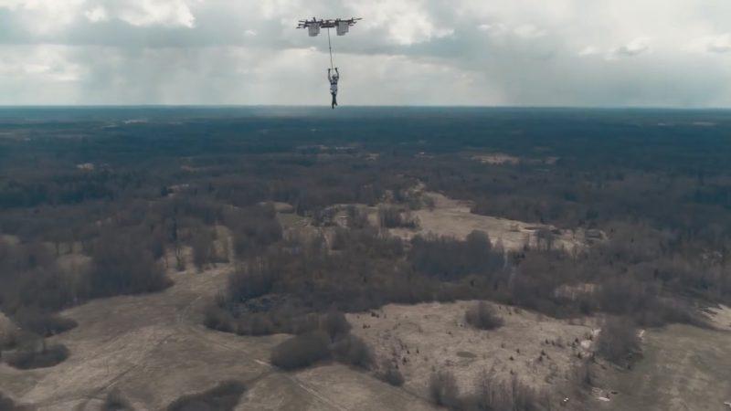 Aerones 無人機跳傘 - 330 米起跳