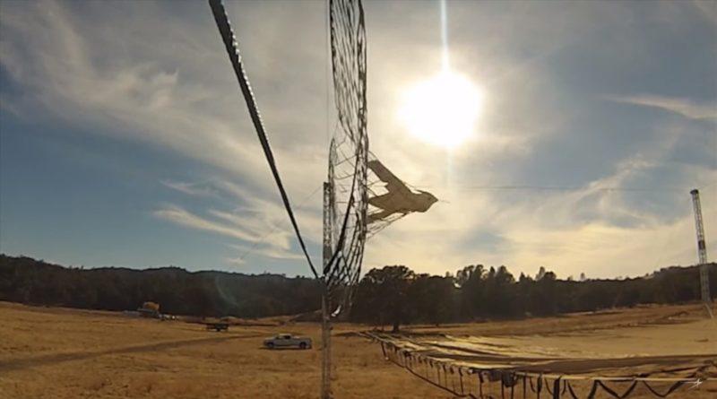 Lockheed Fury 無人機降落時亦無需使用跑道,而是直接衝入架設於地面的繩網裝置。