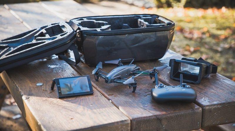 Bolt Drone 穿越機 FPV 眼鏡及屏幕大合體
